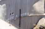 ... Graffiti auf dem Staudamm des Presa de Soria
